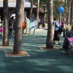 резиновая плитка в парке