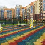 Резиновая плитка на детской площадке во дворе МЖК