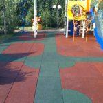 Детская площадка из резиновой плитки