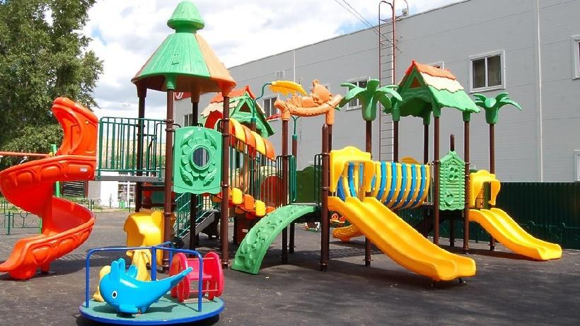 Идеальная детская площадка для детей до 4 лет