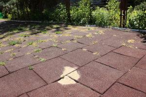 Дефект резинового покрытия
