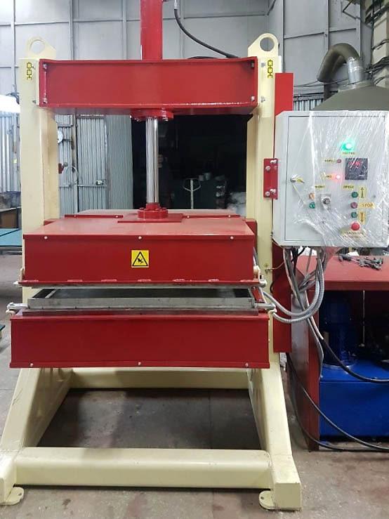 Пресс для резиновой плитки 1000х1000 мм