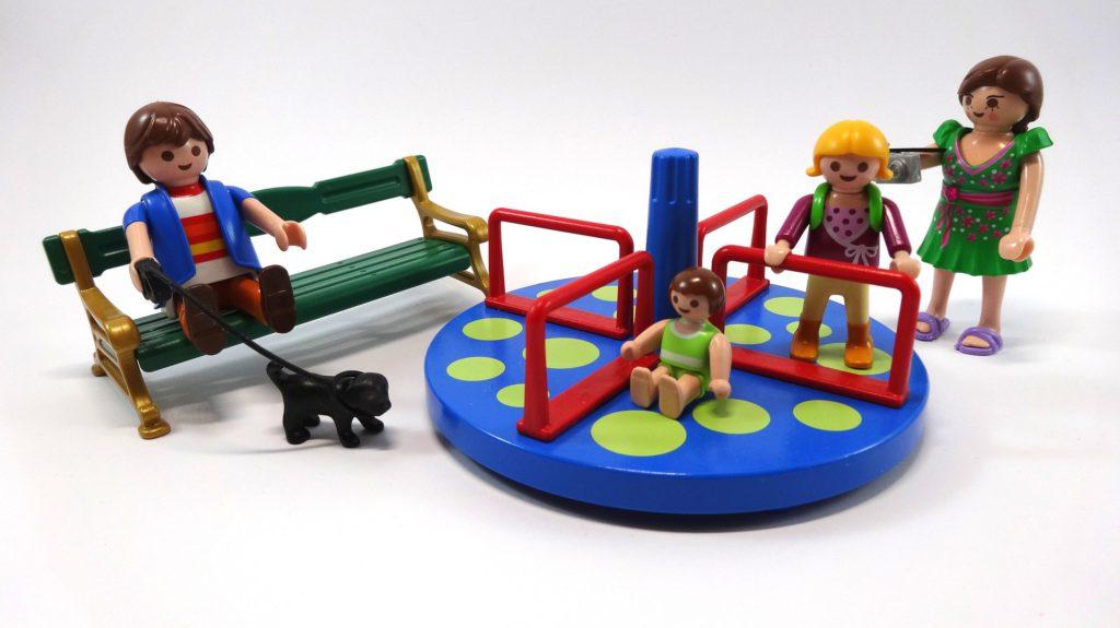 Игрушечная детская игровая площадка