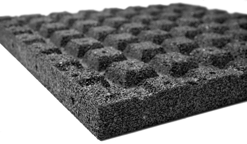Резиновая плитка для песка с грунтозацепами