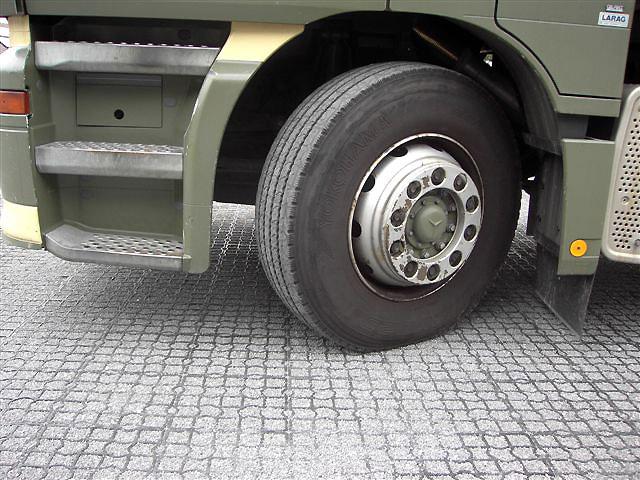 Обустройство парковки грузового транспорта